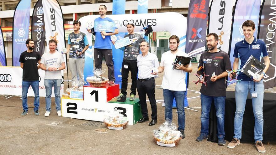 Un bilbaíno gana la 'Drone Race'