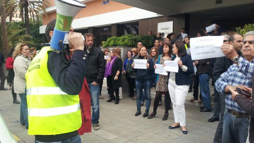 Protesta en el Ayuntamiento de Las Palmas de Gran Canaria