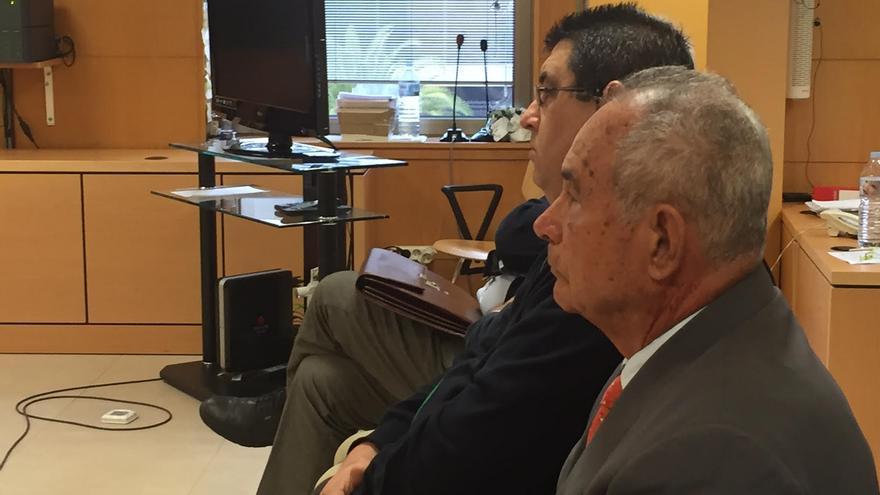 El constructor Antonio Plasencia, durante la vista oral que la Audiencia de Santa Cruz de Tenerife ha iniciado contra varios empresarios por la extracción de áridos de los barrancos de Güímar. (David Cuesta)