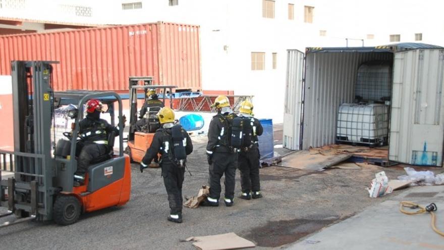 Bomberos en El Goro. (ACN PRESS)