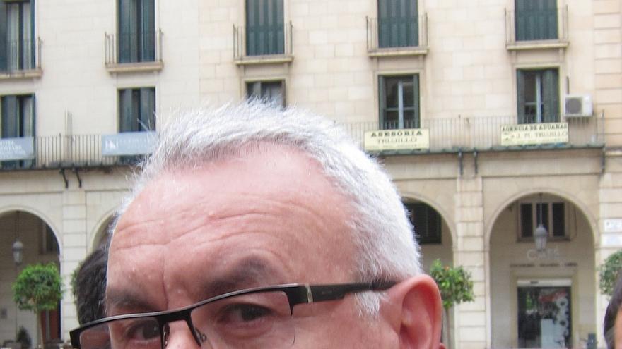 Lara (IU) pide por carta a Rajoy que medie en favor de la plantilla de Alcoa afectada por un ERE