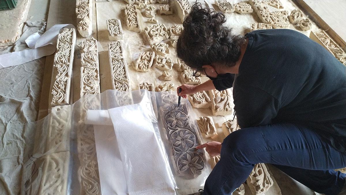 Restauración de la fachada del Salón Rico de Medina Azahara.