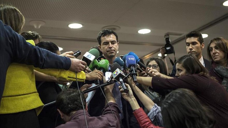 UPyD aguarda con emoción y esperanza el recuento en un hotel de Madrid