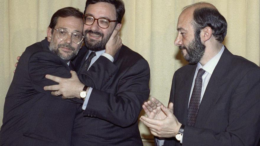 Javier Solana, Narcís Serra y Alfredo Pérez Rubalcaba en 1992