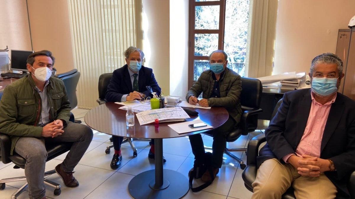 Reunión de Urbanismo y la Entidad Urbanística de Conservación de Las Jaras.