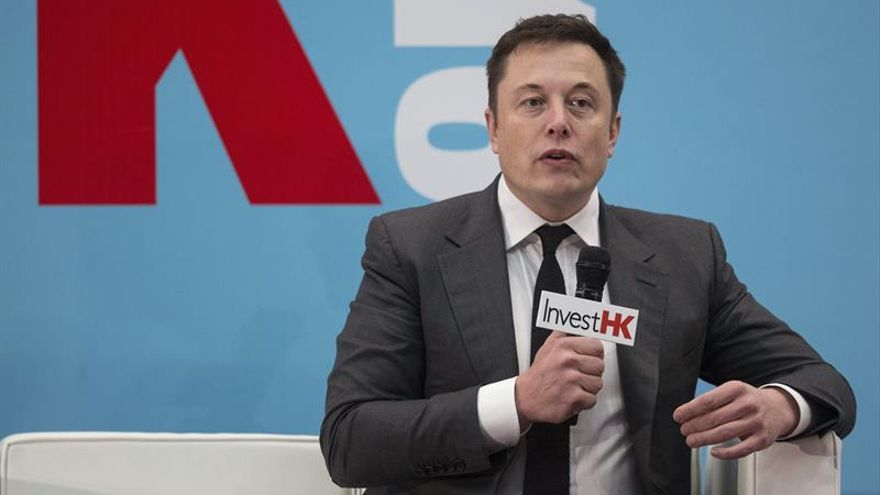 """Elon Musk desvela su """"plan maestro"""" para Tesla y el futuro de energía solar"""