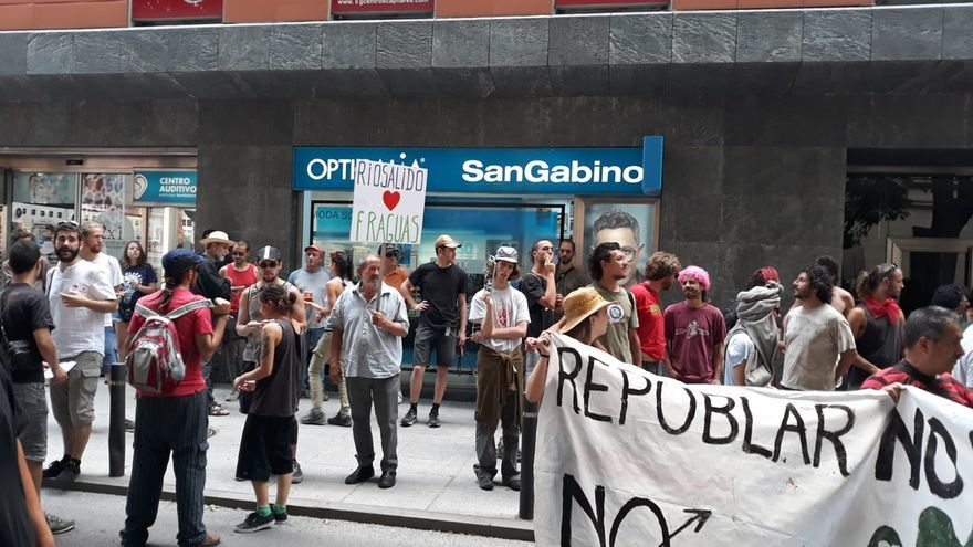 Manifestación en favor de Fraguas