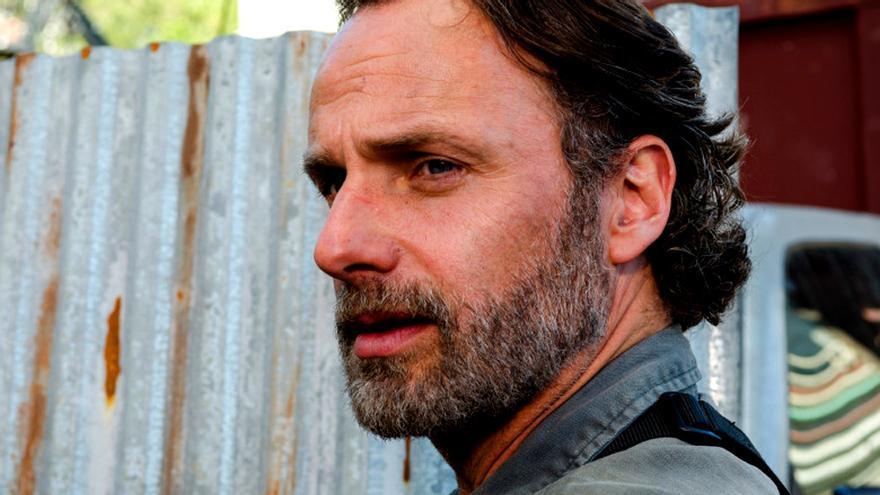 The Walking Dead estrenó temporada con cambio de ritmo y un desconcertante Rick