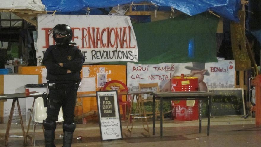 """Los sindicatos de la Policía Nacional tachan a los Mossos de """"irresponsables"""" por el """"inverosímil"""" chivatazo"""