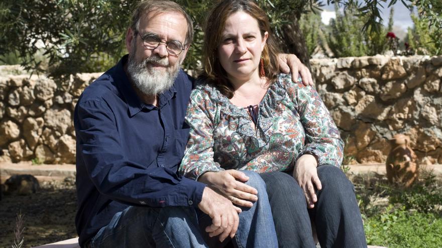 La profesora Resurrección Galera y su marido