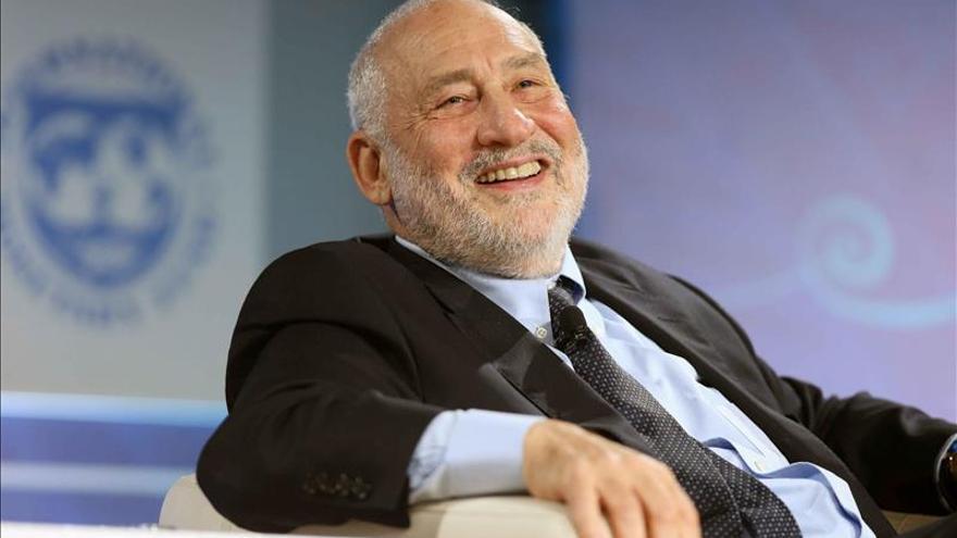 Nobel Stiglitz, Jorge Perugorría y Juanes estarán en el Hay Festival de Cartagena