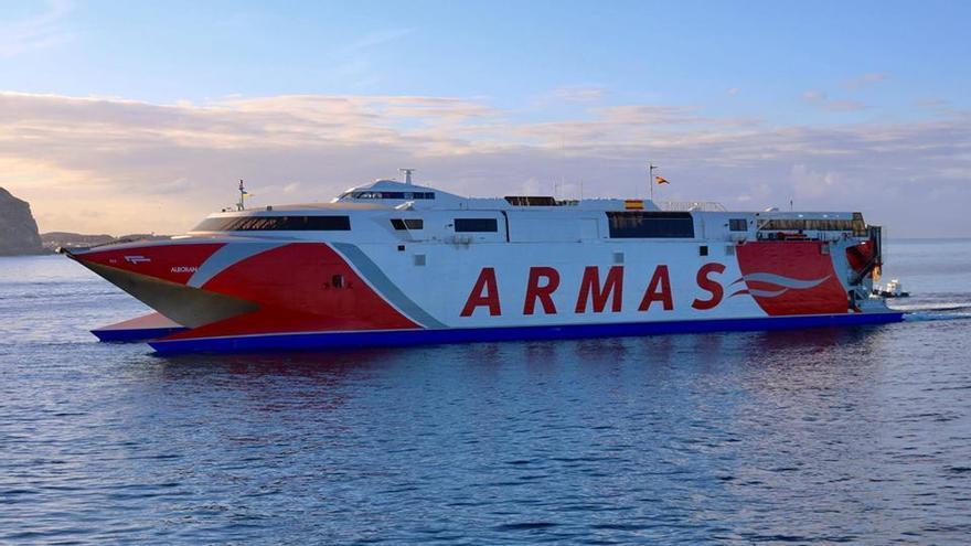 El buque Alborán, de Naviera Armas.
