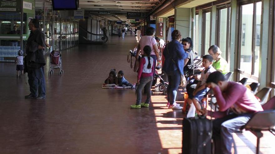 El transporte público en Buenos Aires queda en 0,30 dólares, tras la quinta subida de año