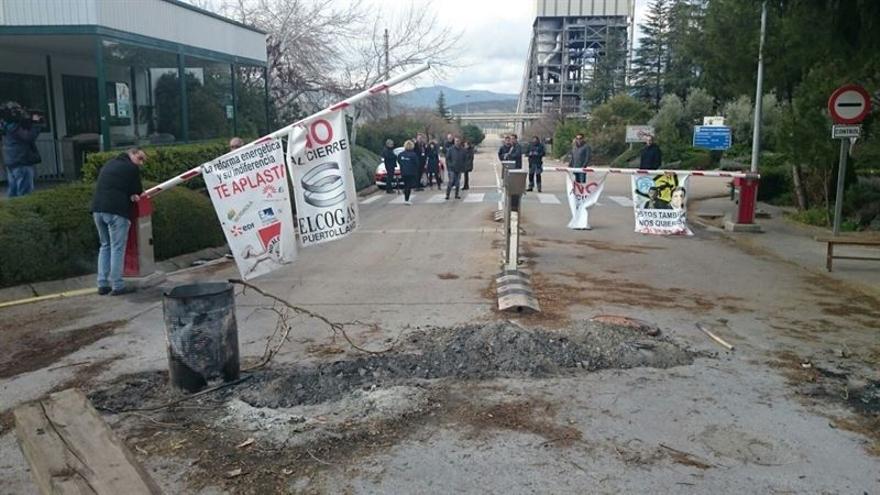 Trabajadores de Elcogas abandonando la empresa / CCOO