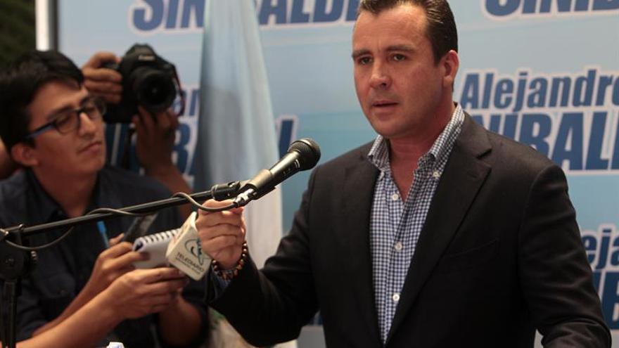 Inmovilizan ocho inmuebles de un exministro guatemalteco prófugo por corrupción