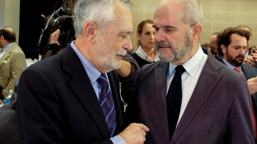 La Audiencia confirma el procesamiento de Chaves y Griñán por los ERE