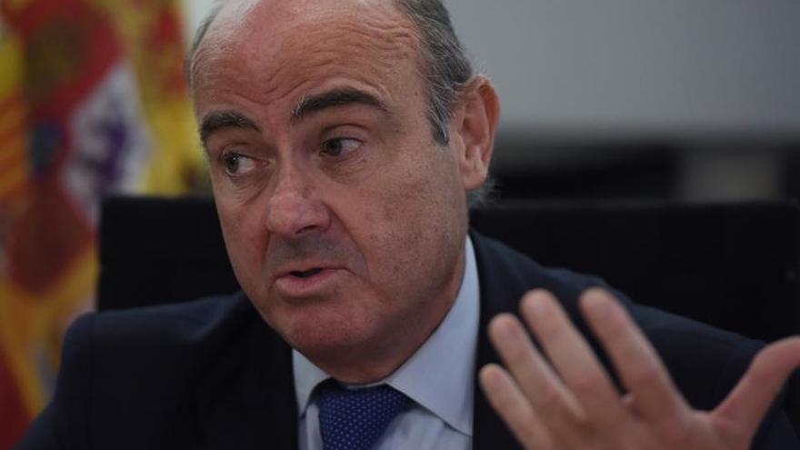 De Guindos, Montoro y Báñez se mantienen en el área económica del Gobierno