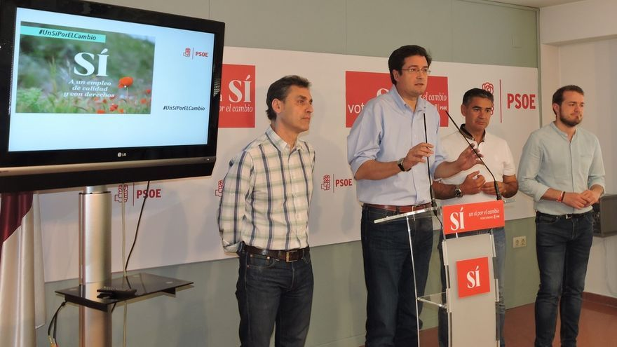 """Ferraz insiste en el 'no' a Rajoy y le avisa que no puede gobernar con 137 escaños y """"a lomos de la abstención de todos"""""""