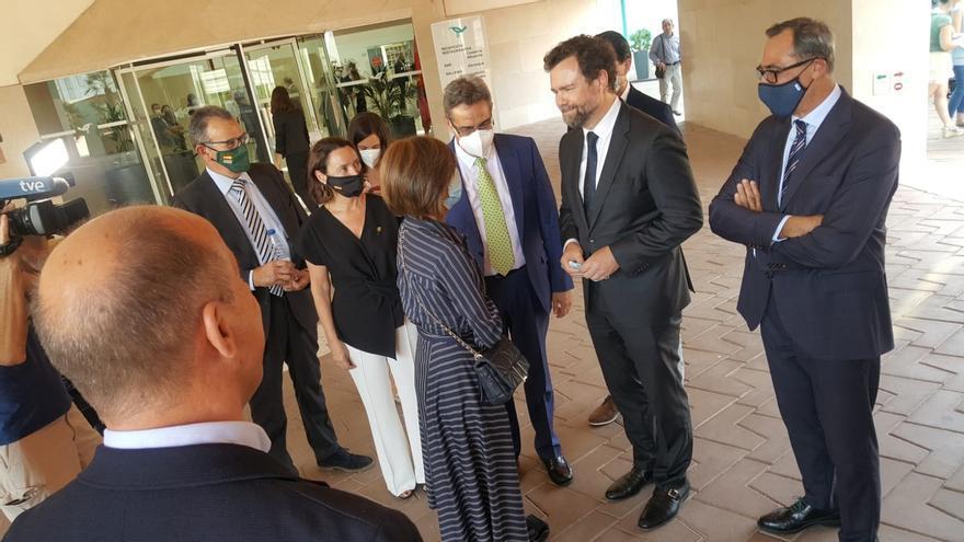 El portavoz del Grupo Parlamentario de VOX en el Congreso, Iván Espinosa de los Monteros, ha visitado  Zaragoza este martes,  20 de julio.