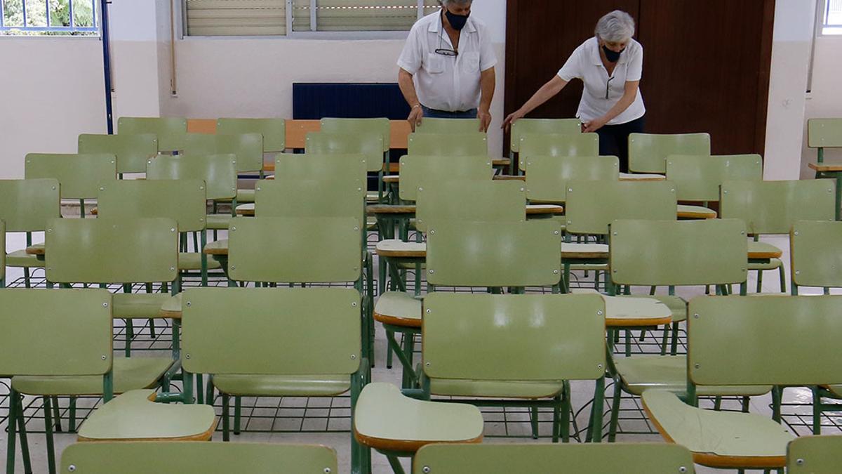 Preparativos en el IES Blas Infante en el curso 2020-21 | MADERO CUBERO