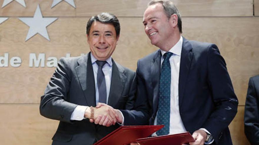 Ignacio González, presidente de Madrid, y Alberto Fabra, presidente de la Generalitat.