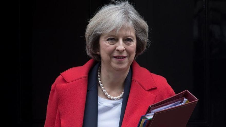 "Theresa May arremete contra la ""agresividad"" de Irán en la cumbre del CCG"