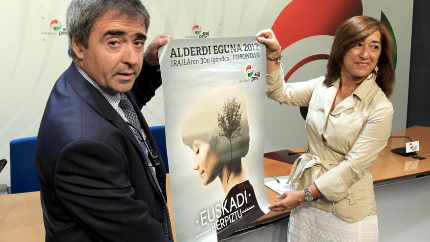 La salida a la crisis, el autogobierno y la paz, ejes del Alderdi Eguna 2012