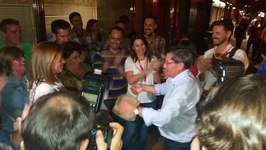 José Entrena gana las primarias socialistas en la provincia, con un 51,4 por ciento de los votos
