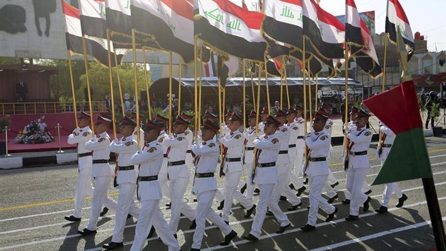 Irak organiza un desfile militar para celebrar la liberación de Faluya