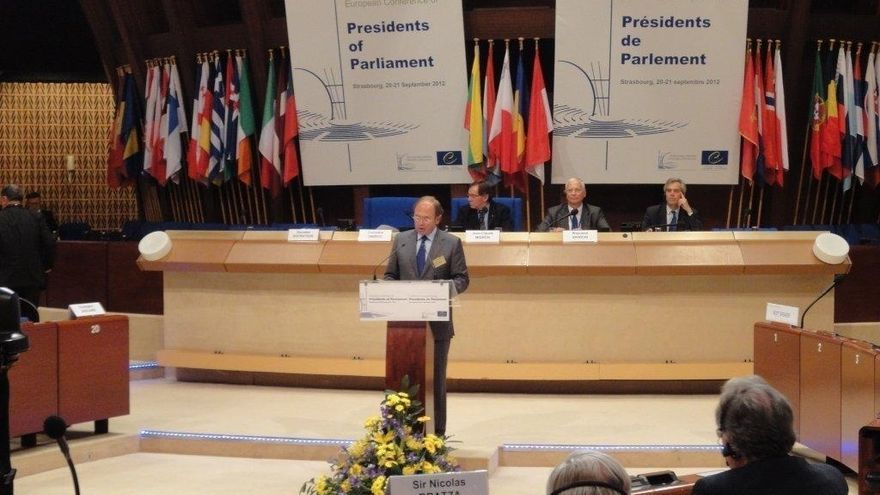 García-Escudero reivindica el papel de los parlamentos a favor del funcionamiento del Tribunal de Estrasburgo