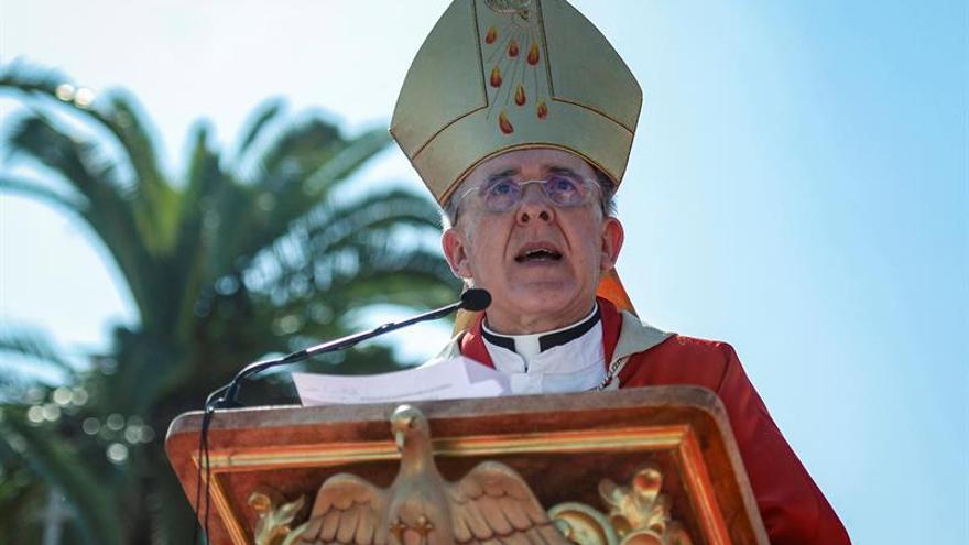 Arzobispo Osoro pide no cerrar ojos a inmigración y buscar salida entre todos