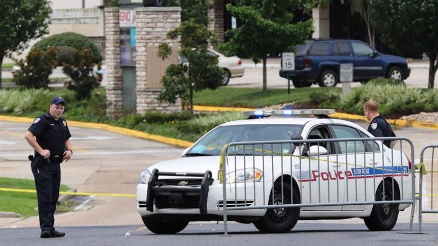 """Exsoldado negro de Baton Rouge, EE.UU., quería declarar la """"guerra"""" a policías"""