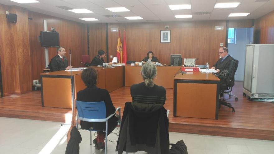 """Los acusados de grabar en la cripta de los Caídos esperan """"sentido común"""" y """"justicia"""""""