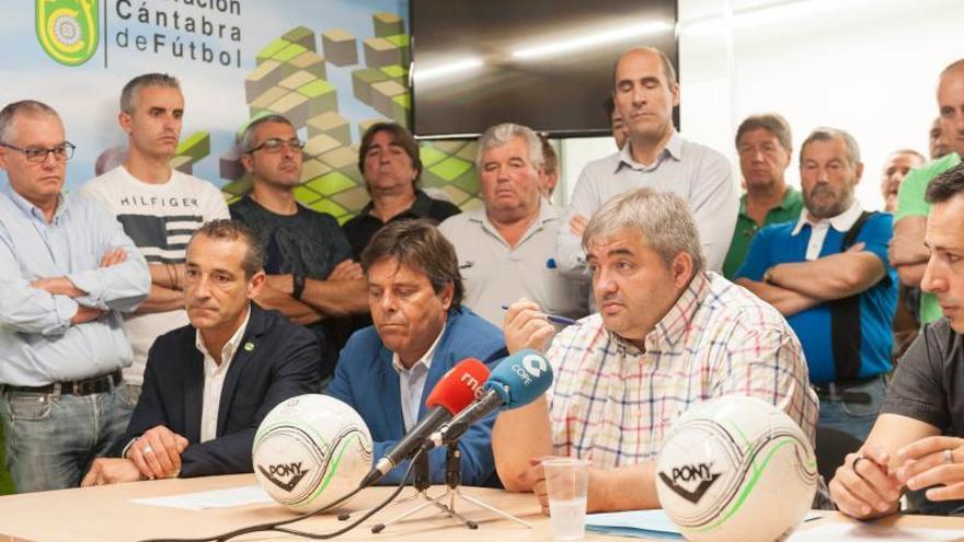 Javier Peláez, presidente la Federación Cántabra de Fútbol.   FCF