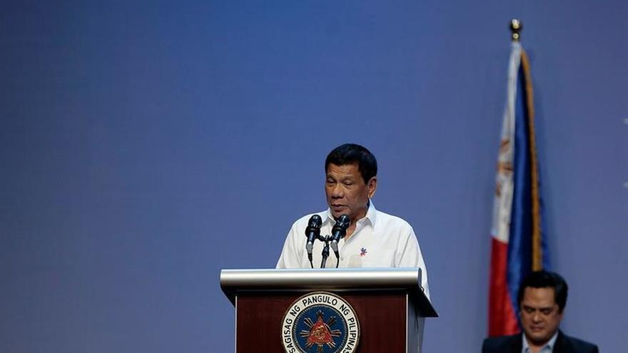 Duterte llama idiota al comisionado de la ONU que pidió que se le investigara