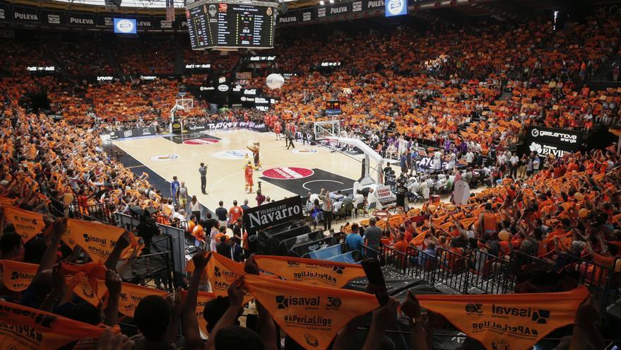 """València Basket aconsegueix el """"ple tècnic"""" en la Fonteta amb 7.985 abonats"""