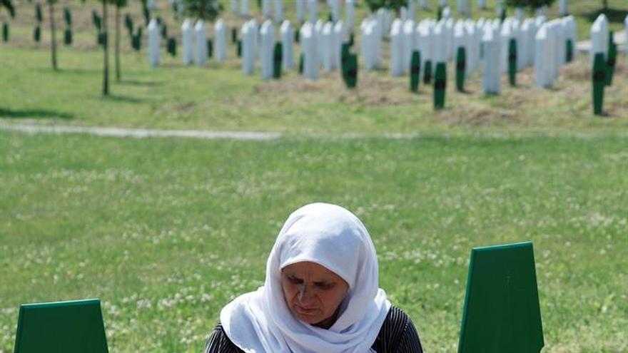"""Unas 5.000 personas inician """"Marcha de la paz"""" de tres días hasta Srebrenica"""