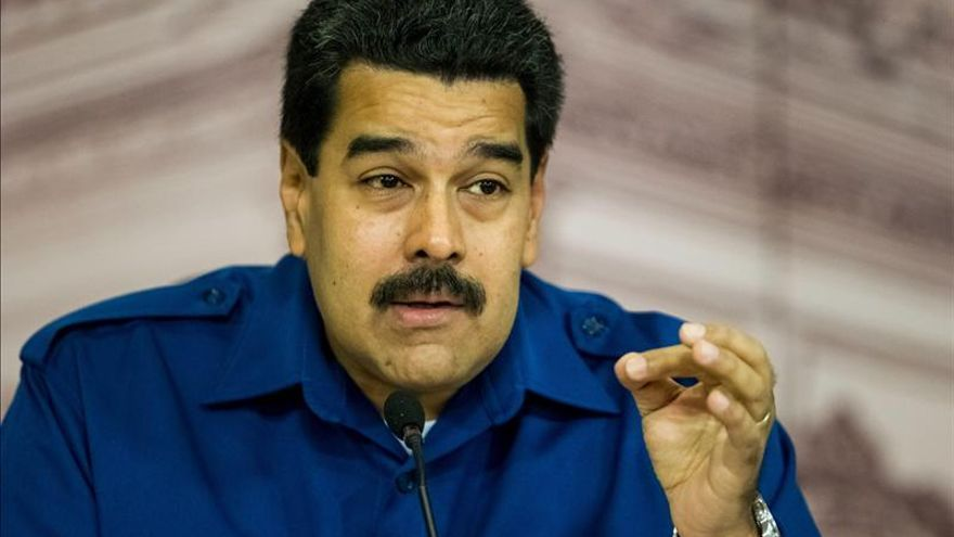 Maduro le rindió honores musicales a Chávez diez meses después de su muerte