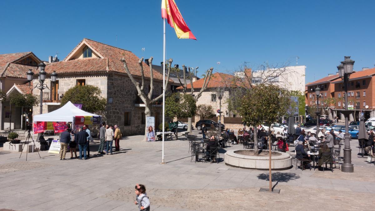 La plaza de la Constitución de Torrelodones