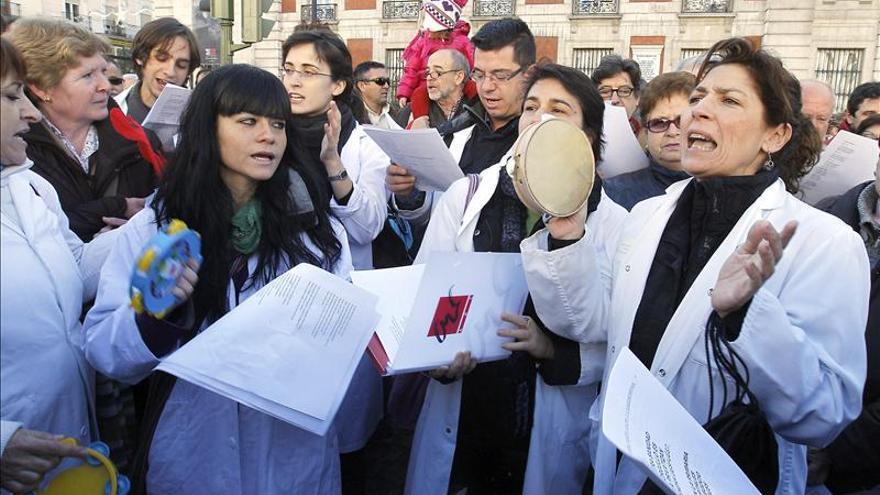 """Empleados y usuarios de la Sanidad convocan """"marea blanca"""" para 17 de febrero"""