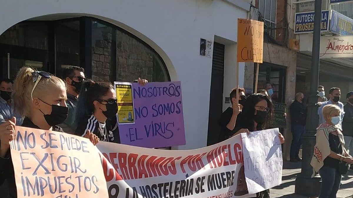 Protesta de empresarios y trabajadores de la hostelería el pasado mes de octubre en Mérida