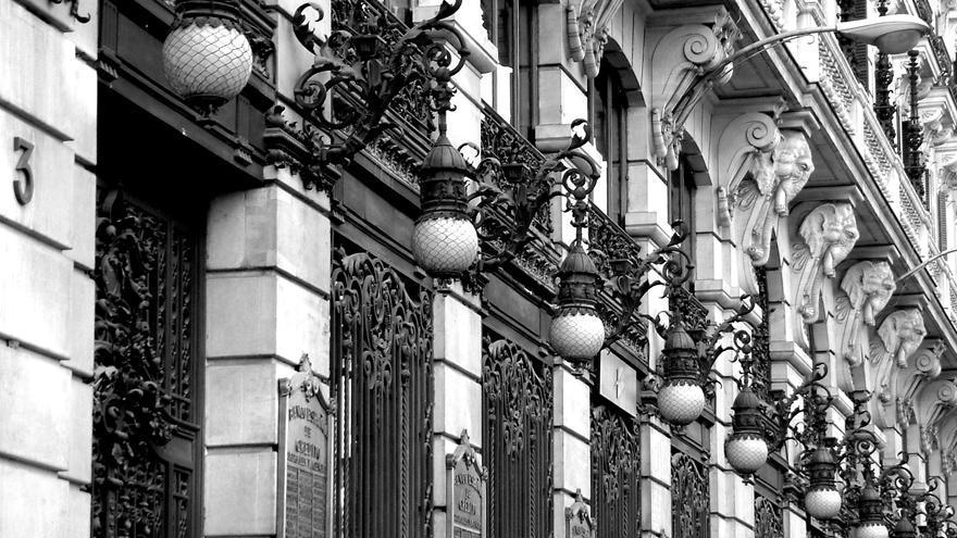 La fachada del edificio de Canalejas