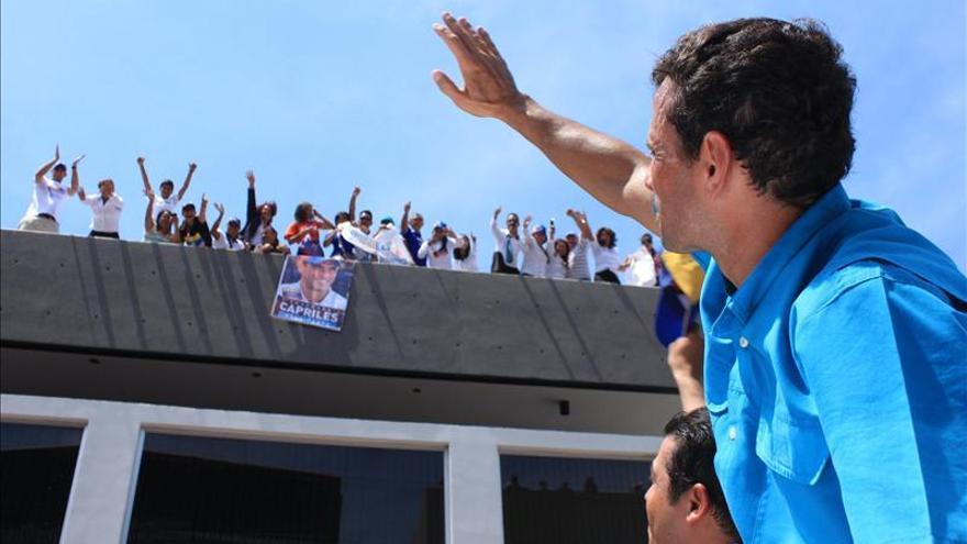 """Capriles se niega a firmar pacto y vigila """"cualquier violación"""" de resultados"""