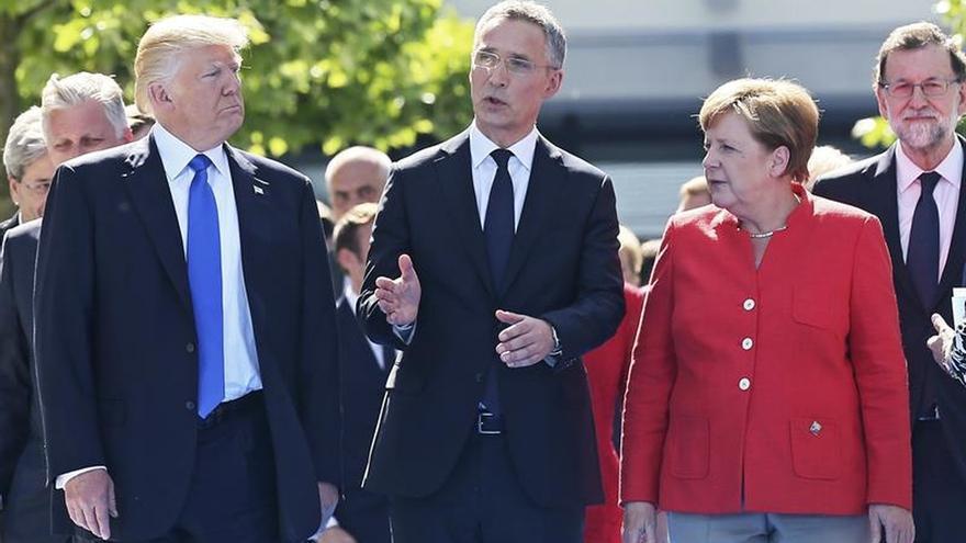 """Juncker niega que Trump fuera """"agresivo"""" con Alemania en Bruselas"""