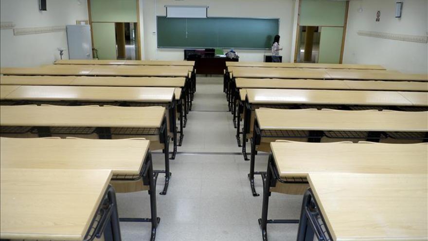 Los rectores avisan de que la beca media universitaria baja a niveles de 2004