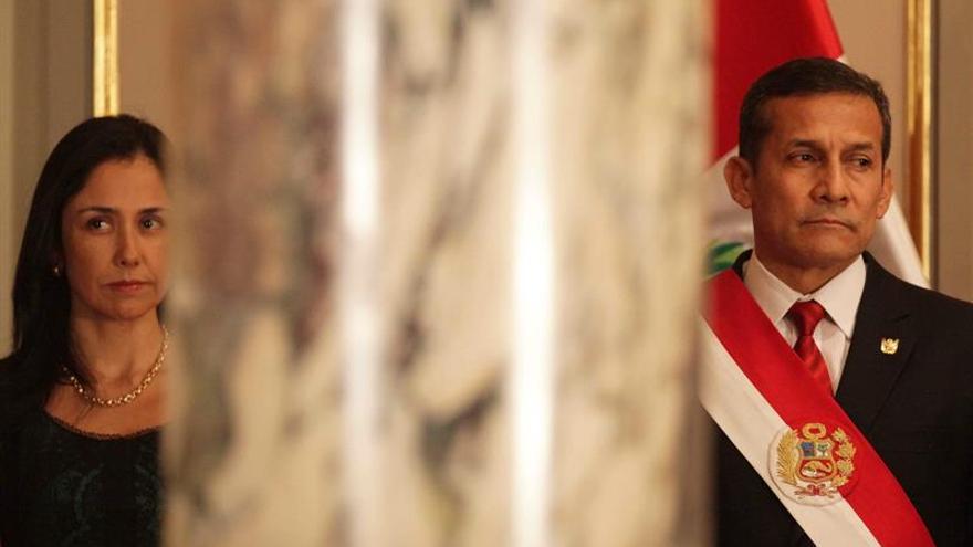Humala y su esposa declaran ante el fiscal que investiga un presunto lavado de activos