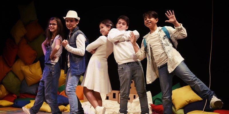 laura-teatro