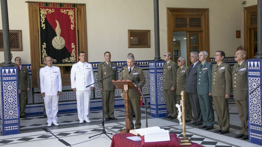 El nuevo jefe del Estado Mayor del Mando de Canarias, Fernando Maté, toma posesión.