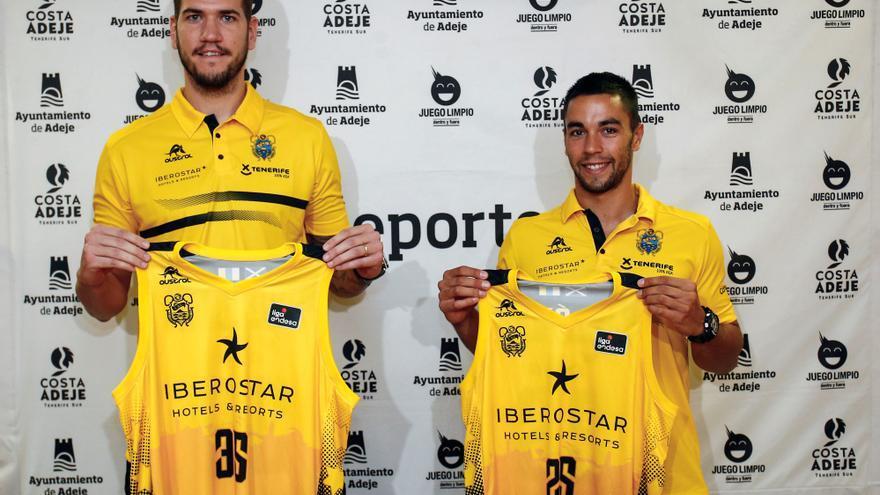 Álex López y Fran Guerra, en su presentación como jugadores del conjunto aurinegro