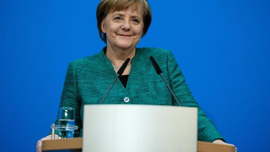 """Merkel avisa de que la solidaridad en la UE """"no es una calle de sentido único"""""""